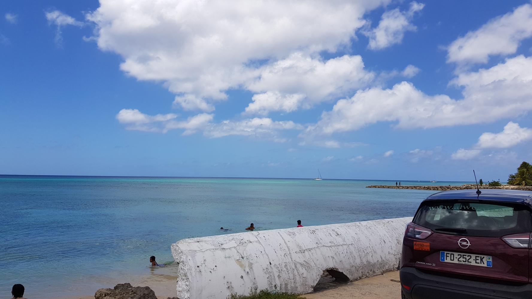 Louer une auto pour parcourir la Guadeloupe - Port Louis en Guadeloupe