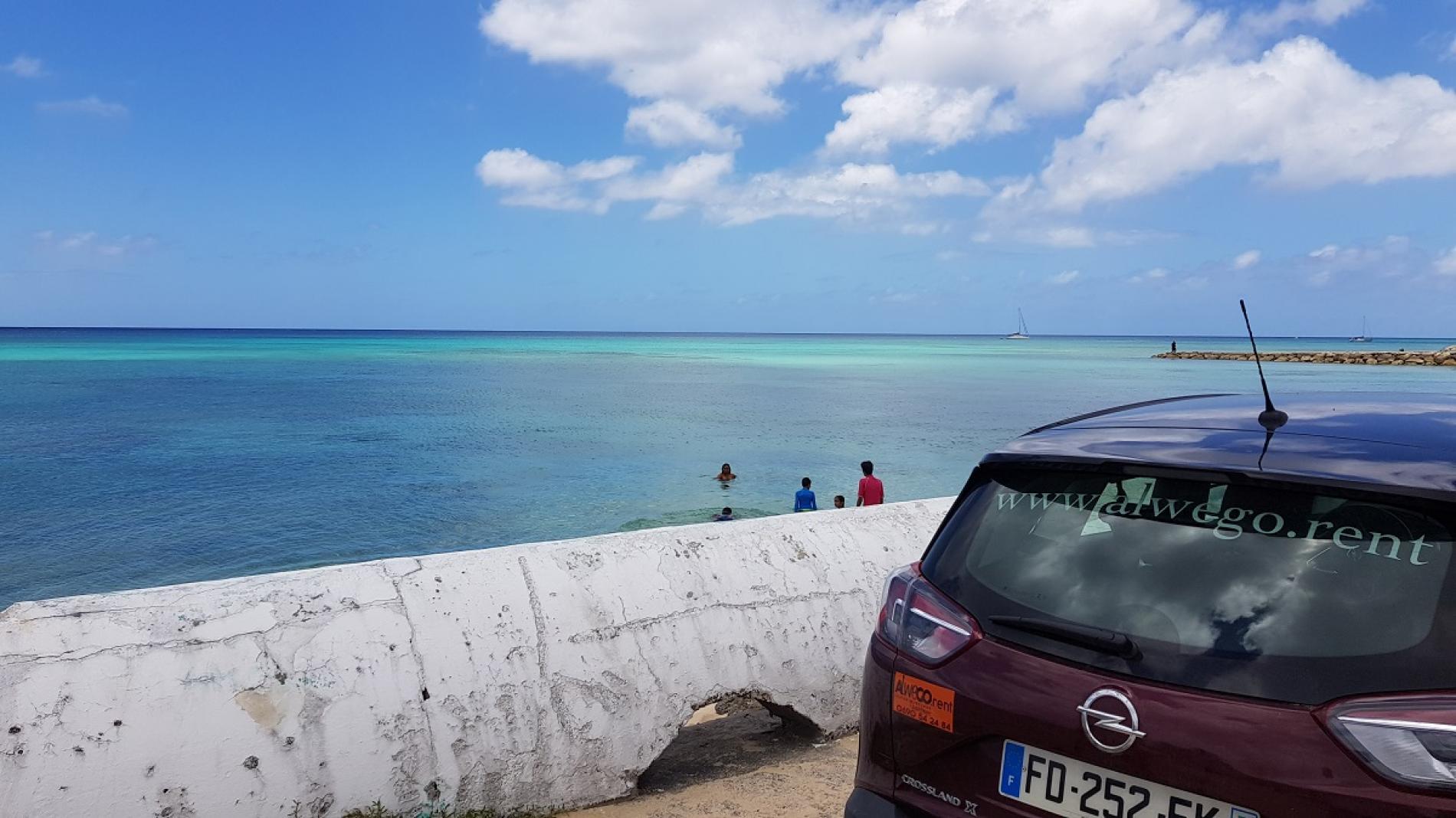 Que faire en Guadeloupe en voiture - crossland x